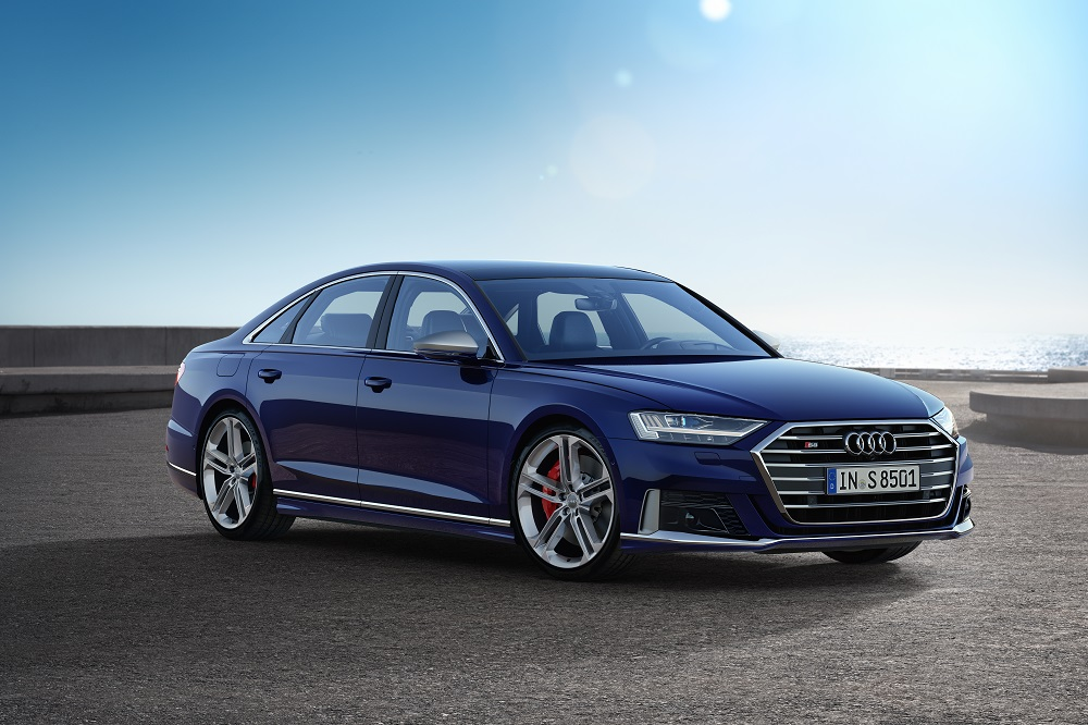 Audi-2020-S8--Euro.-spec-shown--6340